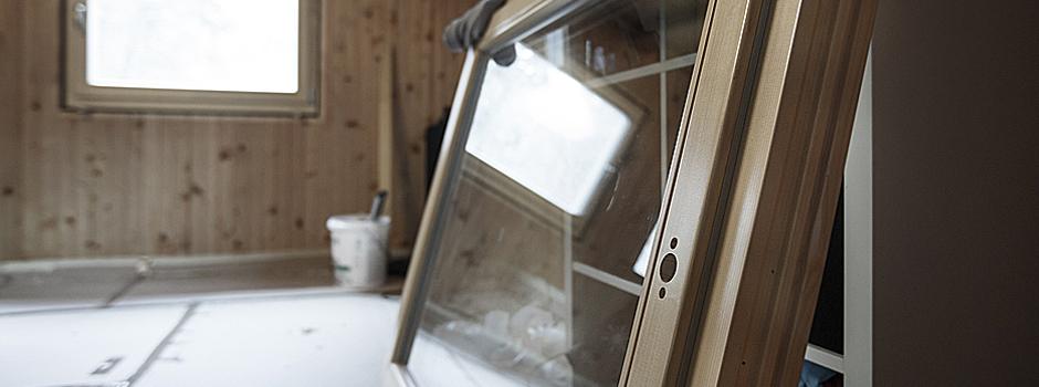 Windows skylights bartlett 39 s lumber hardware eshowroom for New construction windows
